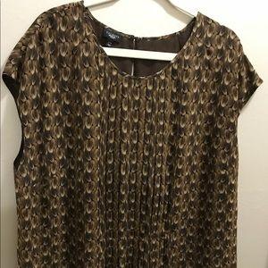 Sleeveless Talbot's Woman pullover blouse
